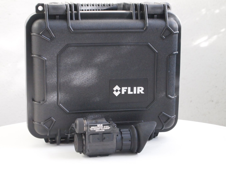 Wärmebildkamera Mit Entfernungsmesser : Flir breach ptq wärmebildkamera für jäger security und